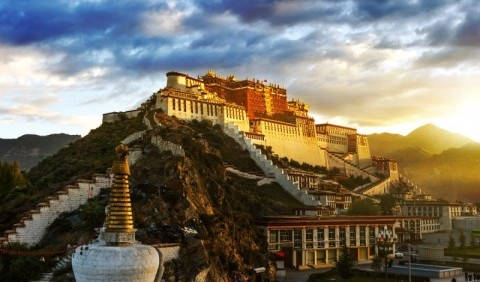 Тибет – величне нагір'я