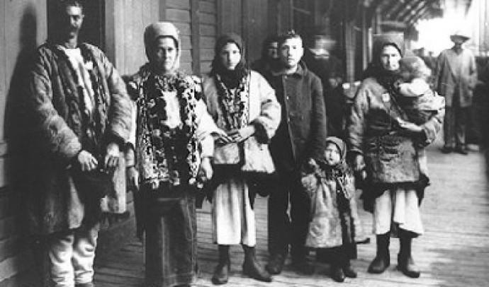 Початок масової трудової еміграції західних українців