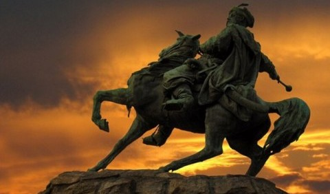 Цей день в історії: Відкрили пам'ятник Хмельницькому у Києві