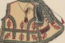 Український традиційний нагрудний одяг
