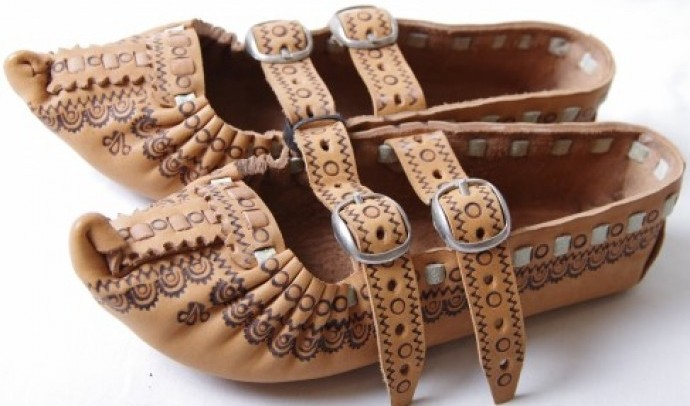 Українське традиційне взуття