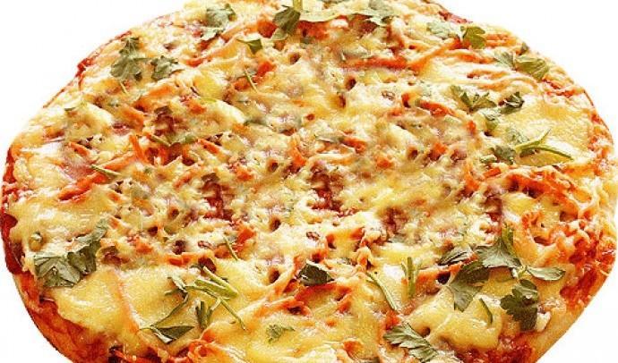 Піца з цибулею та сиром