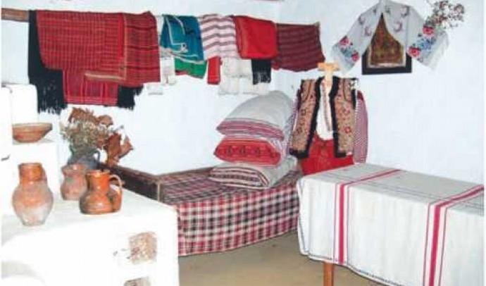 Внутрішнє убранство української традиційної хати