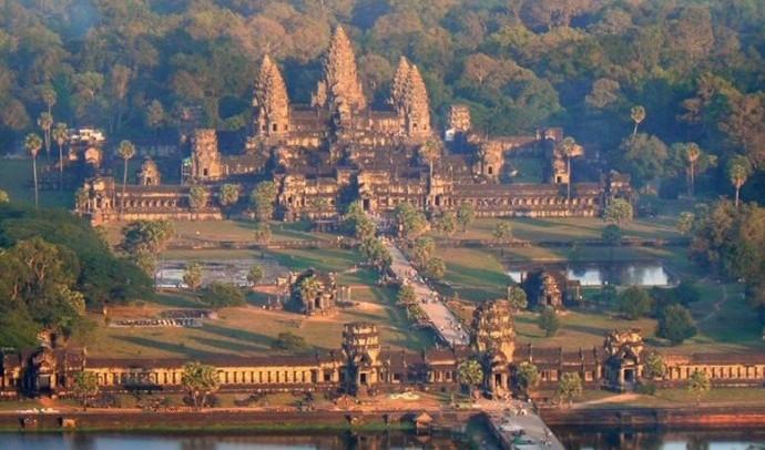 Ангкор-Ват – місто-храм серед джунглів