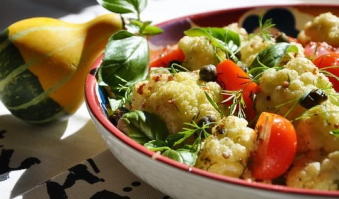 Салат із цвітної капусти
